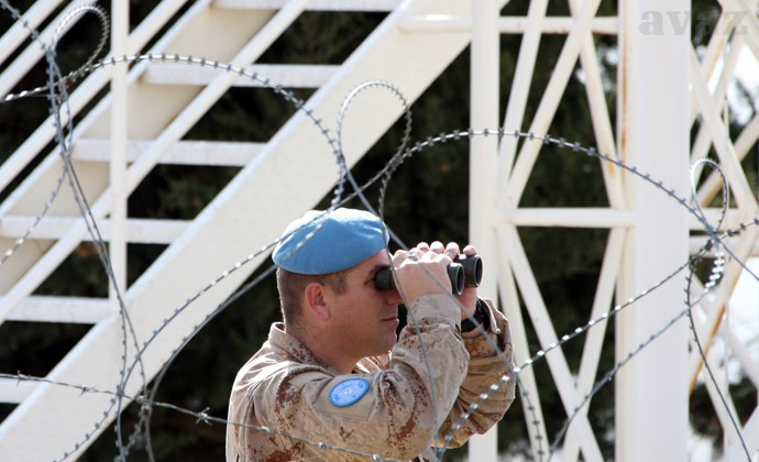 UN soldiers seized by rebels in Golan Heights