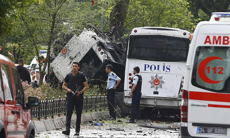 11 killed, 36 wounded in central Istanbul explosion