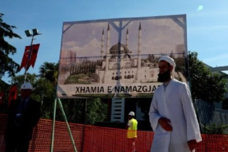 Construction of Balkan`s largest mosque in Albania