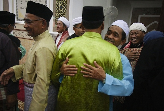 Muslims around world celebrate Eid al-Adha