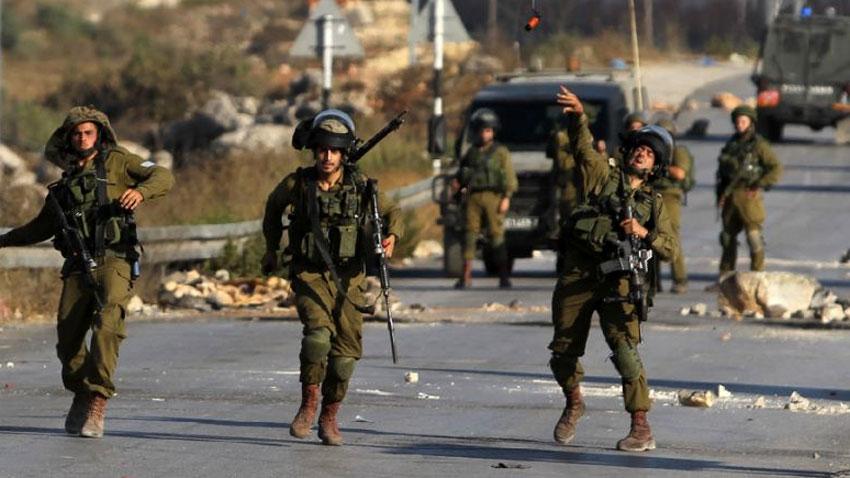 Israeli army martyrs Palestinian