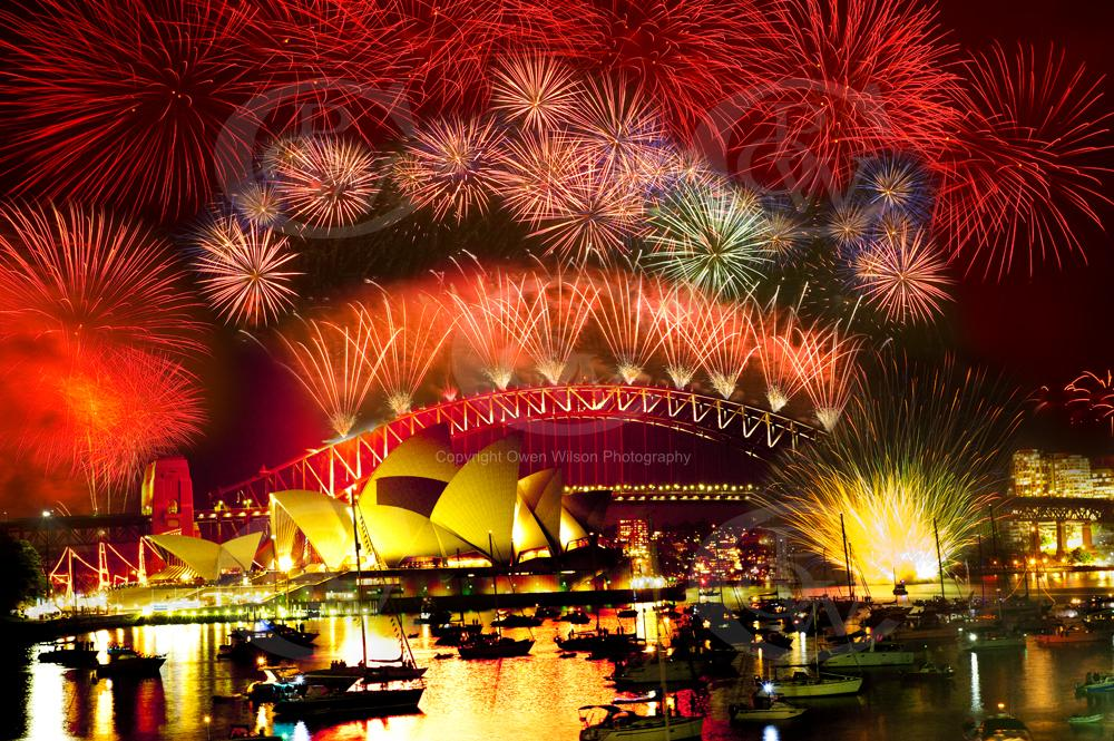 Australia and around the world celebrates New Year's Eve
