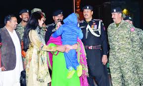 pakistan-thanks-india-after-kashmiri-boy-reunited-with-mother