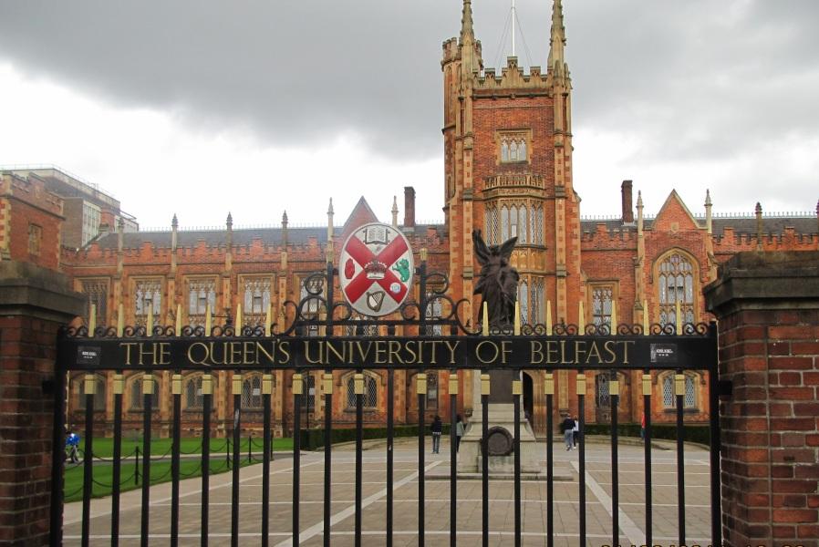 Muslim students struggle for `prayer room` in UK`s University