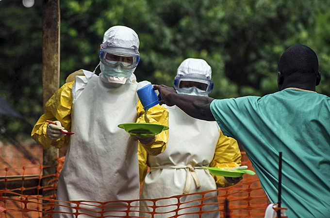 US tries to calm fears as Ebola virus spreads