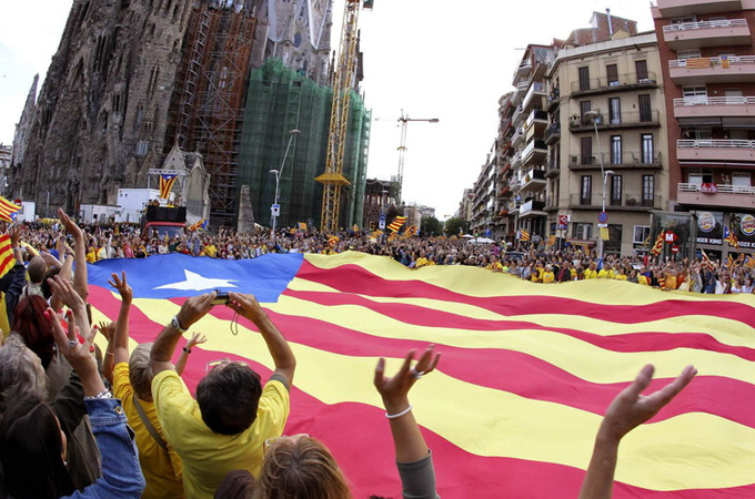 Catalans flood streets for a secession vote