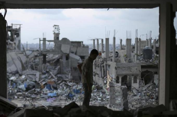 Deal reached to rebuild war-ravaged Gaza