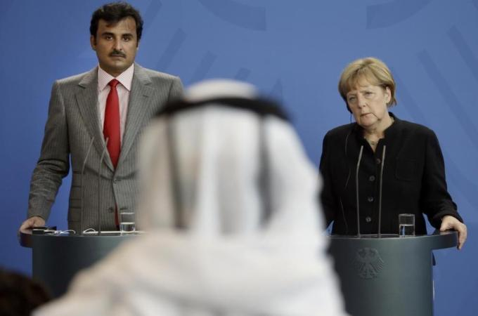 Emir tells Merkel Qatar does not fund ISIL