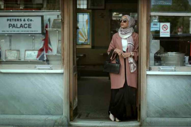 British Far-right anger at hijab in H&M ad Campaign