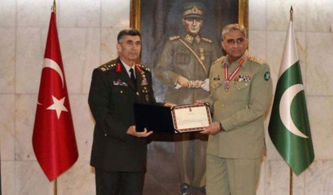 Turkey awards Pakistan Arm Chief Gen Bajwa Legion of Merit for his services