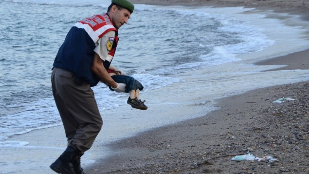 Drowned Syrian boy show tragic condition of refugees .