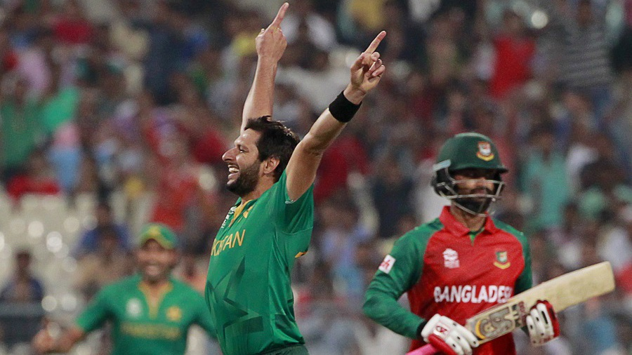 Pakistan kickoff WT20 campaign with massive win 55