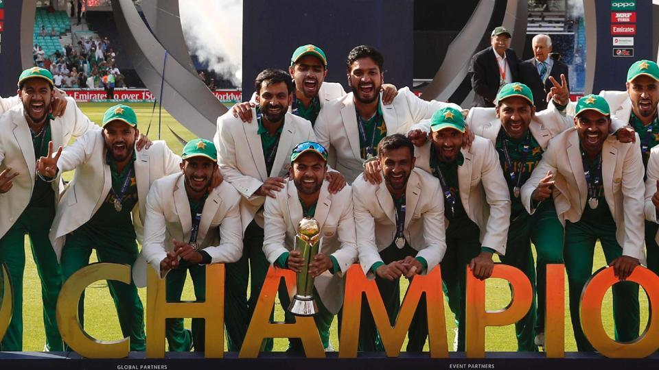 Eid Gift For Pakistanies : ICC World Champion 2017 Team Pakistan