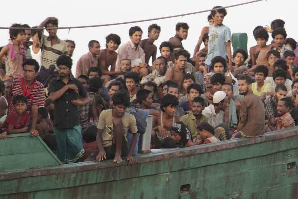 Australia paid crew of Rohingya asylum-seekers boat to turn back: Police