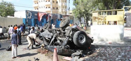 somalia-23-dead-in-mogadishu-twin-suicide-car-bomb-attack.jpg
