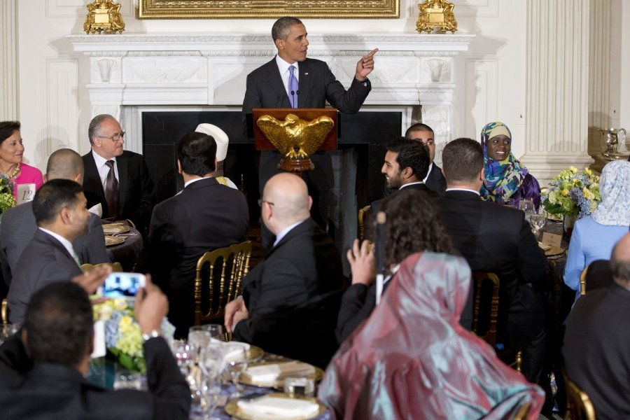 US President Obama hosts Iftar dinner to mark Ramadan