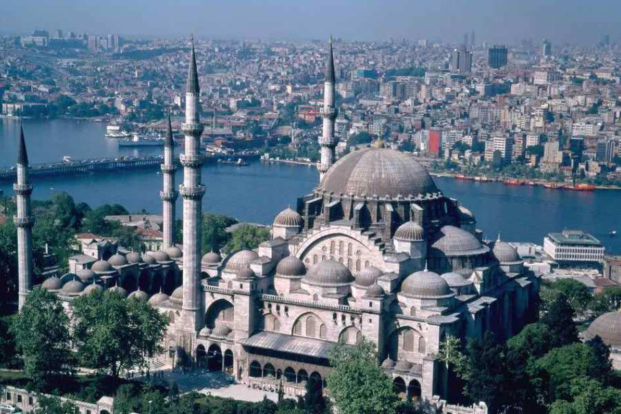Istanbul elected Islamic world youth capital