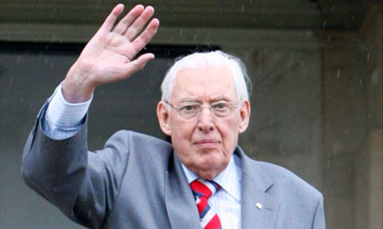 Protestant firebrand Ian Paisley dies