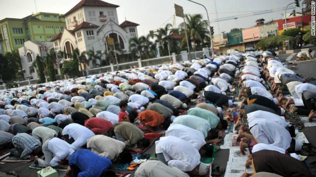 Eid al-Adha celebrated by Muslims around the world