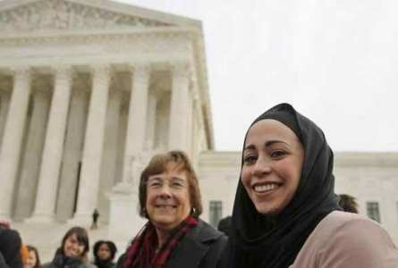 US Supreme Court appears to favor Muslim girl in discrimination case