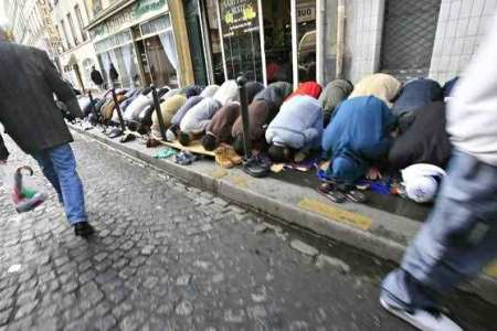 Not enough mosques in France