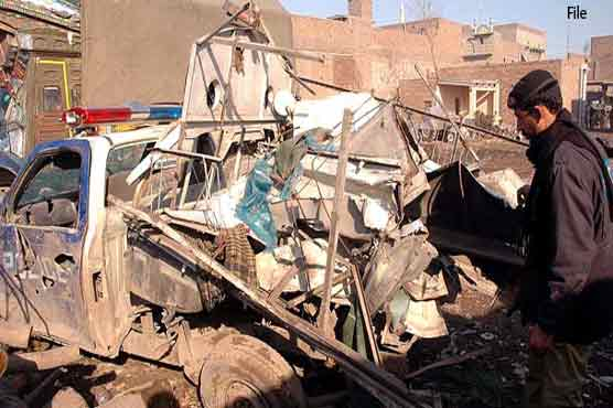 20 troops martyrs in bomb blast in Bannu