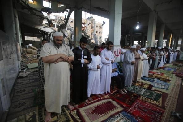 Palestinian joy as Israel agrees Gaza truce