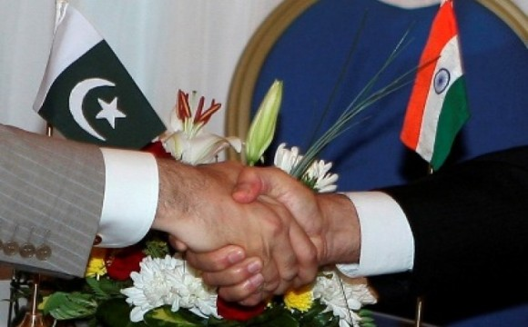 India exchange nuclear installations, prisoners lists with Pakistan