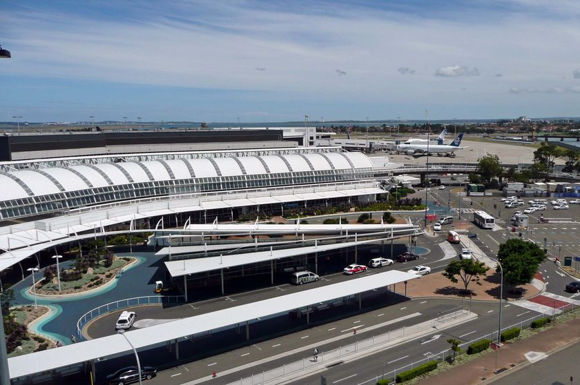 Cigarettes seized at Sydney Airport, one arrested